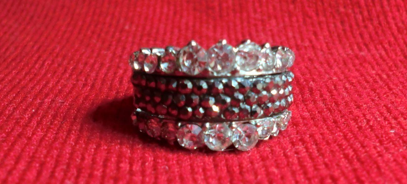 Фото 4 - Продается кольцо укрпочтой