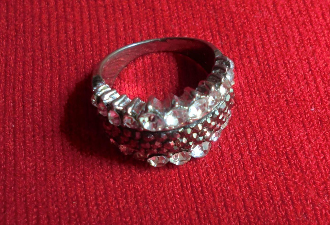 Фото 3 - Продается кольцо укрпочтой