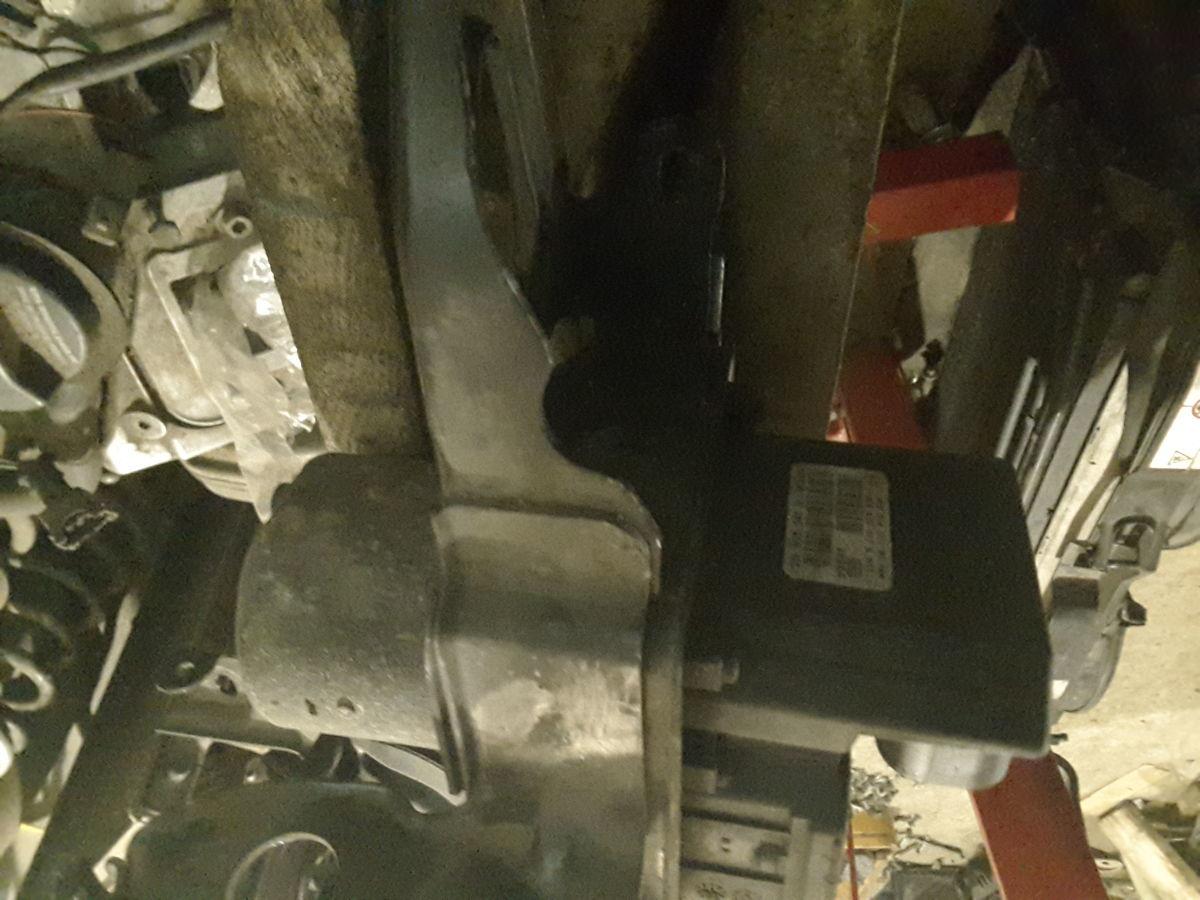 Фото 2 - Блок АБС  ABS для Audi A8 D3 05-09р.в. 4E0614517BC; 4E0910517B.