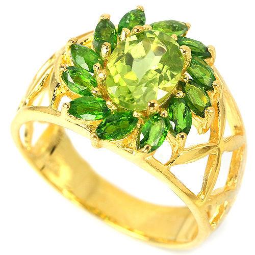 Фото 2 - Серебряное кольцо Хризолит-Хромдиопсид р.17,5