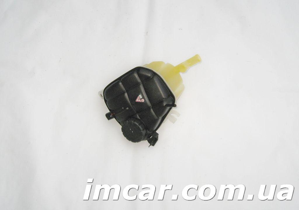 Фото - Расширительный бачёк для Mercedes A1645000049