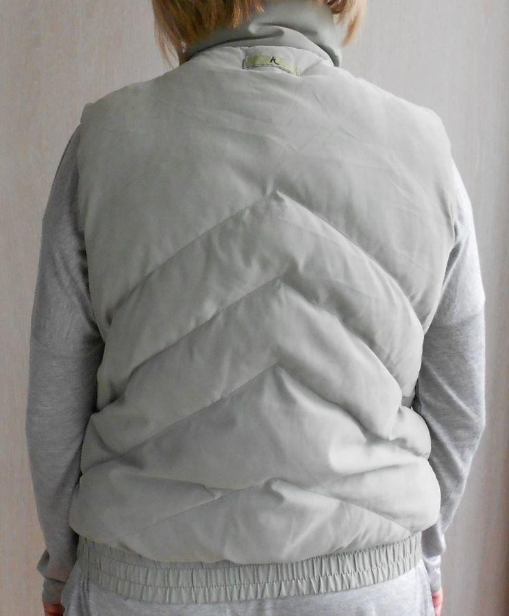 Фото 3 - Женский утеплённый жилет Next размер 46 (18)