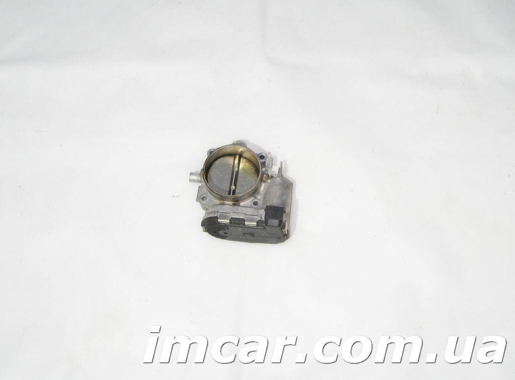 Фото - Дросельная заслонка для Mercedes A1131410125