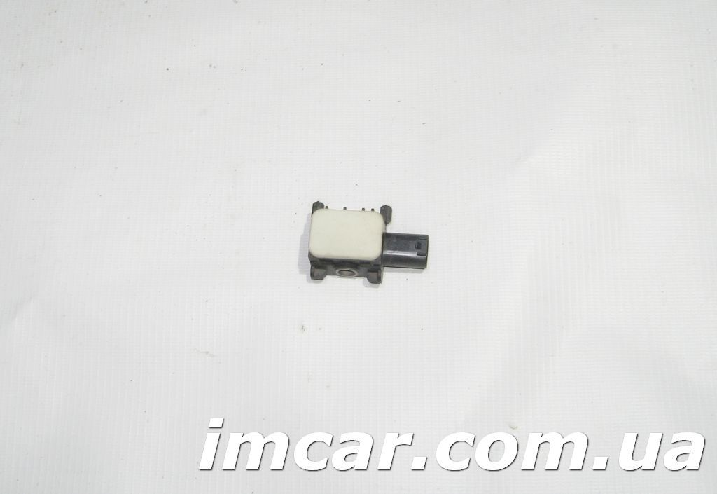 Фото - Фронтальные датчики удара для Mercedes A0038202926
