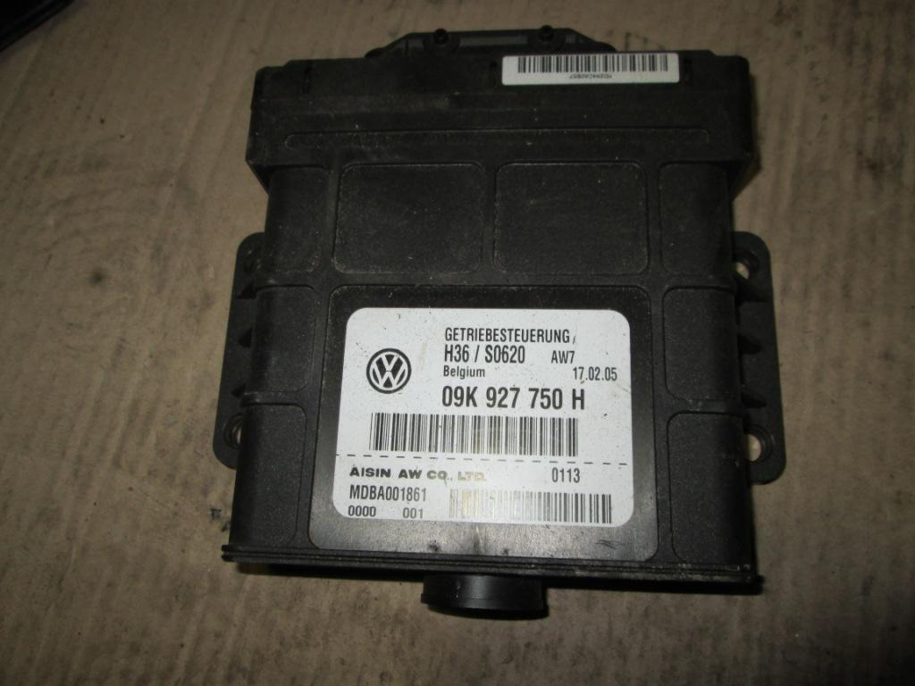 Фото - Блок управления АКПП Volkswagen T5 2.5 2004-2009