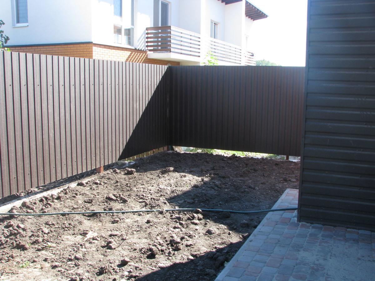 Фото 3 - Таунхаус с камином+1.3 сотки земли+свой крытый паркинг,1 км от Киева