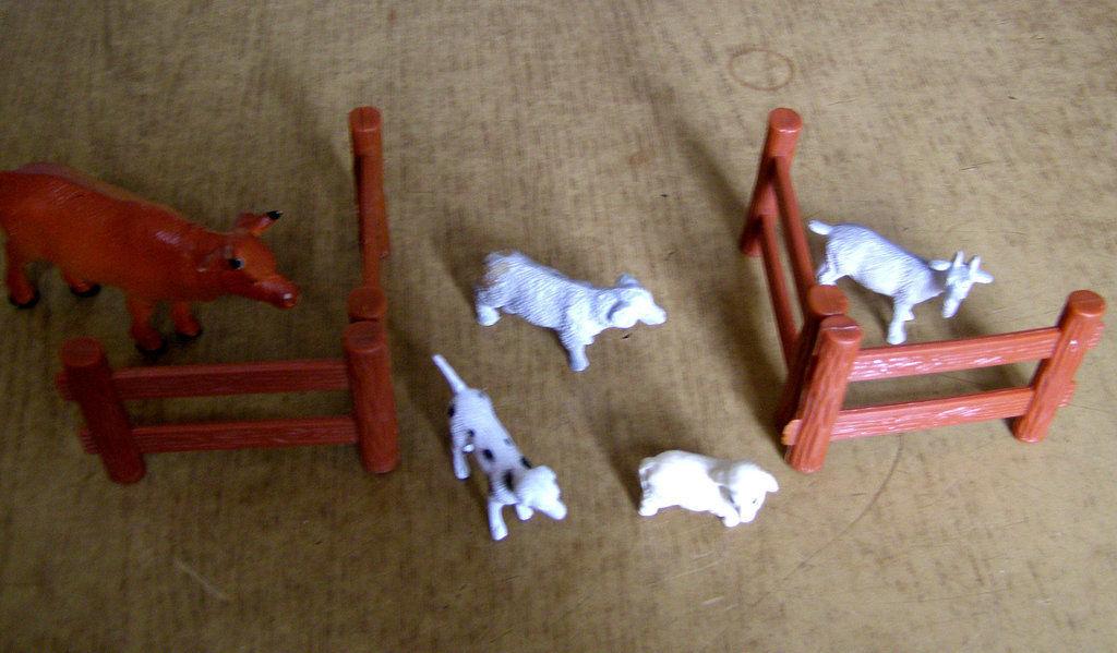 Фото 2 - Набор фигурок Ферма 10 предметов