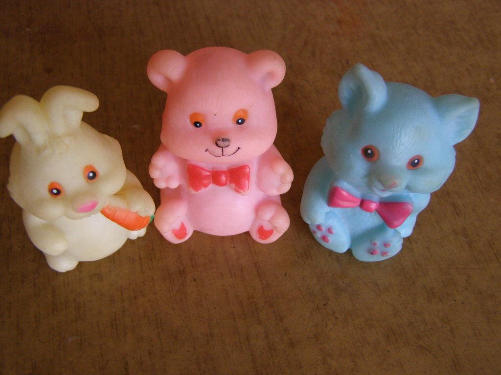 Фото - Комплект резиновых игрушек Кот,Заяц,Мишка