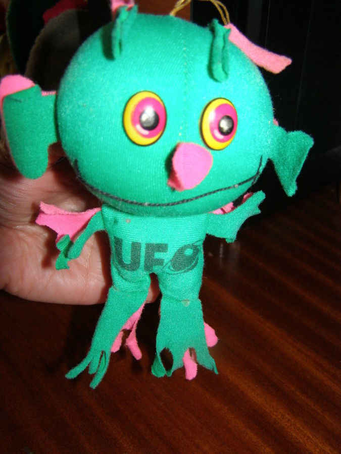 Фото - Мягкая игрушка Инопланетянин