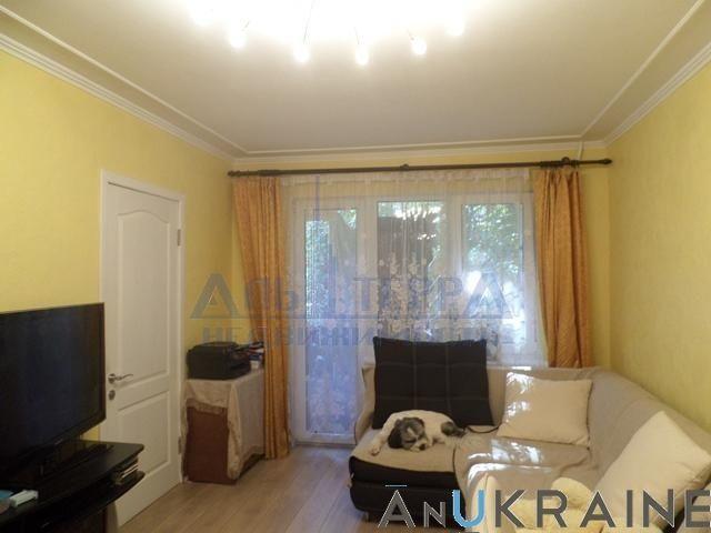 Фото - Продам 4-х комнатную на Маршала Жукова.