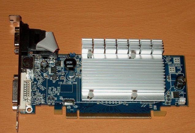 Фото - видеокарта Pci-E ATI RADEON HD 2400 PRO на 256 MB с гарантией
