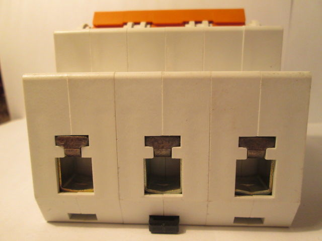 Фото 6 - Автоматический выключатель,автомат F&G(Moeller)63A
