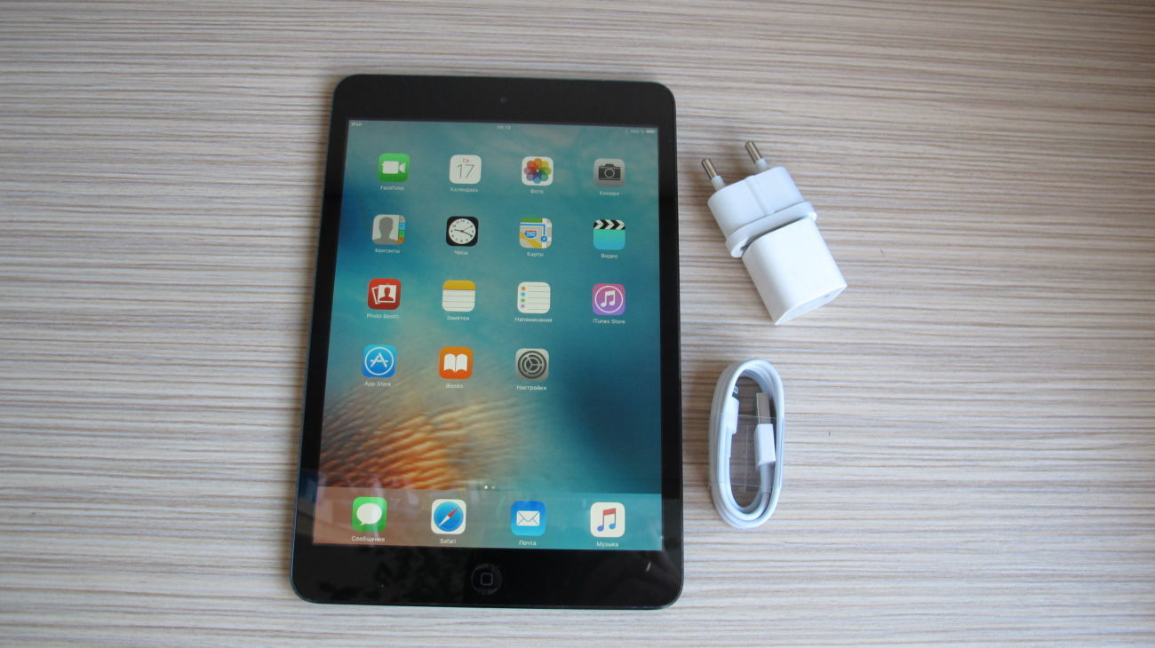 Фото - Планшет iPad mini A1432 Wi-Fi 32GB Black
