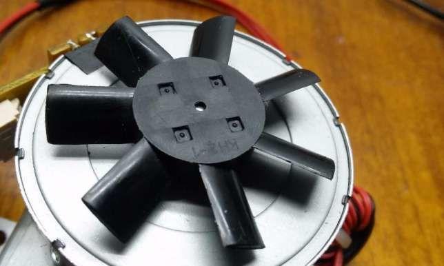 Фото 8 - Шаговий двигатель