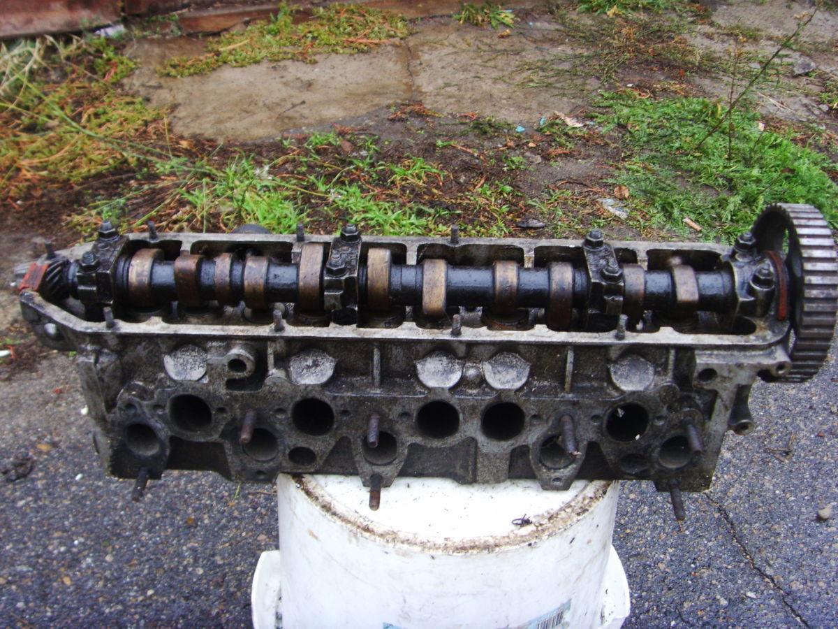 Фото 4 - На Audi 100 (90) 2.0л 77-87 г.в. головка блока пяти-циллиндровая Б/У