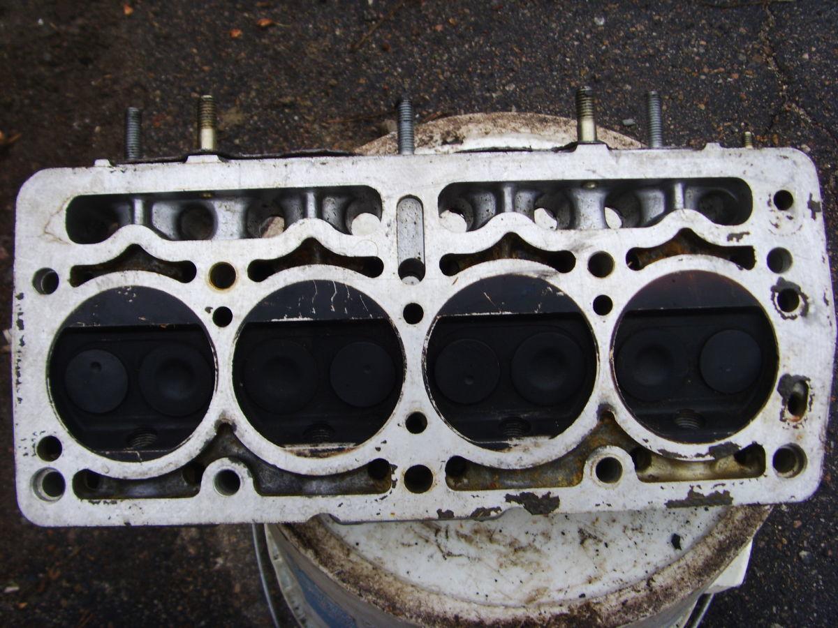 Фото - На Fiat головка блока с объемом двигателя 0.9 почти новая 09.1992 г.в