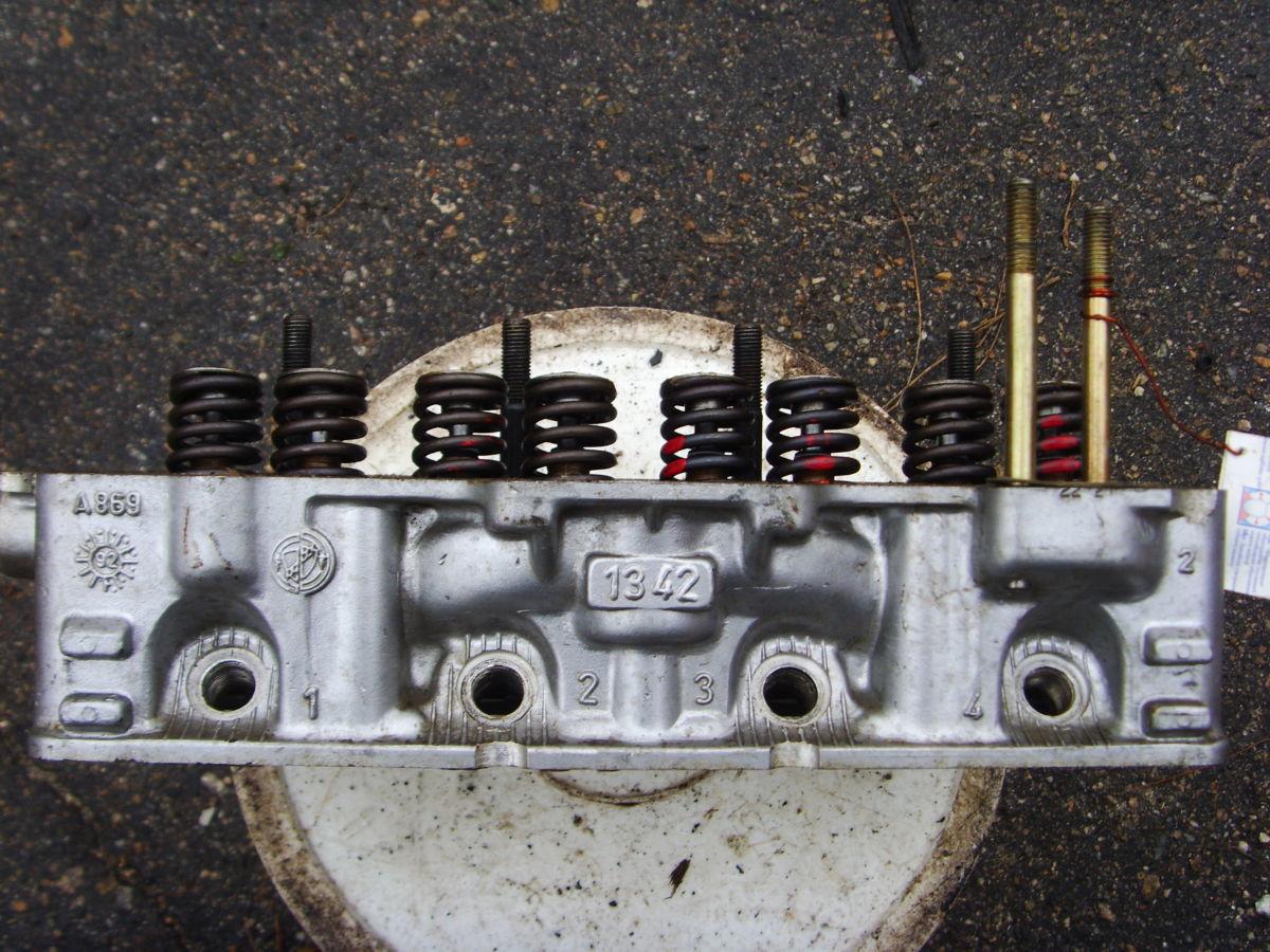 Фото 3 - На Fiat головка блока с объемом двигателя 0.9 почти новая 09.1992 г.в