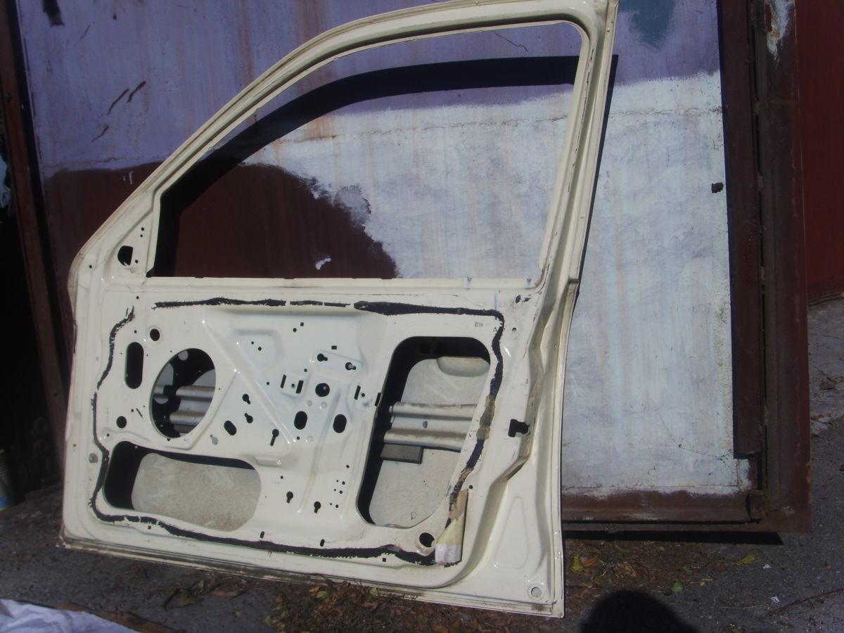Фото 4 - На Ford Scorpio с 95 г.в. правая передняя дверь голая отличная Б/У