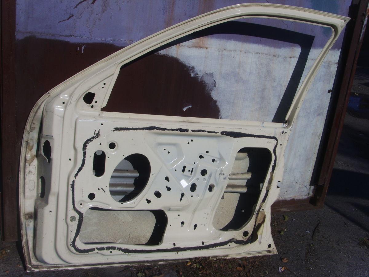 Фото 3 - На Ford Scorpio с 95 г.в. правая передняя дверь голая отличная Б/У