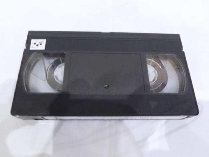 Фото 5 - Bon Jovi (Acess All Areas) 1991. VHS. Видео кассета.