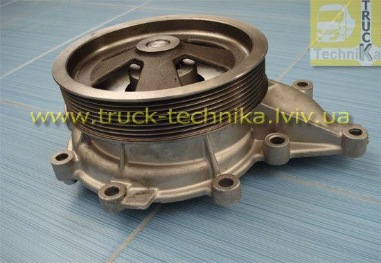 Фото - Водяний насос системи охолодження двигуна SCANIA