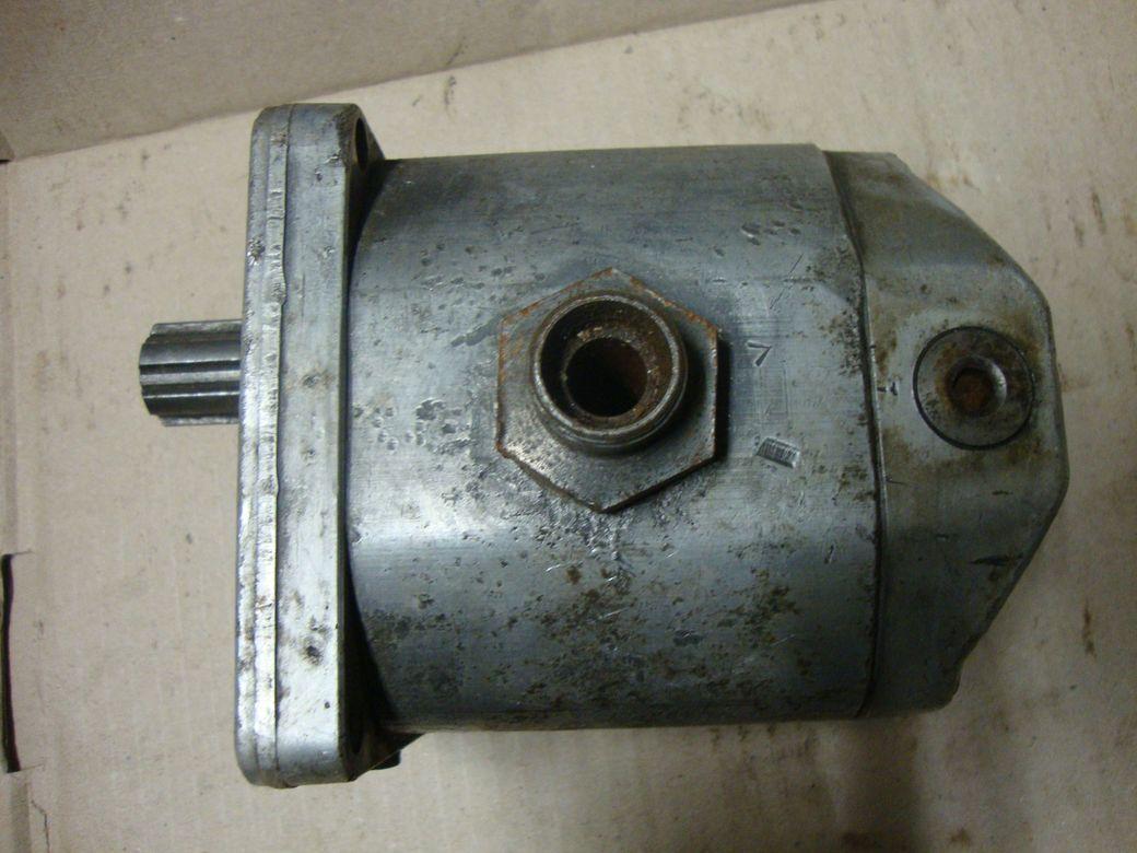 Фото - Масляный насос Hydraulic Pump Orsta 20/16 TGL 10860 DDR