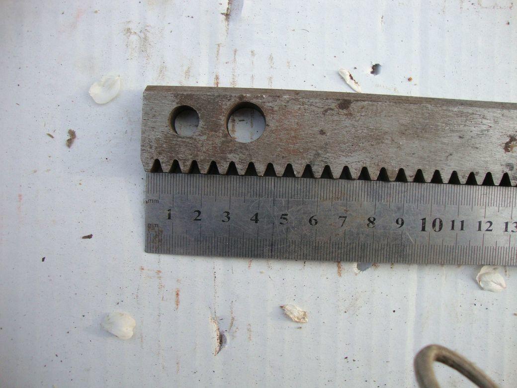 Фото 2 - Зубчатая рейка 425мм и 735мм станочная