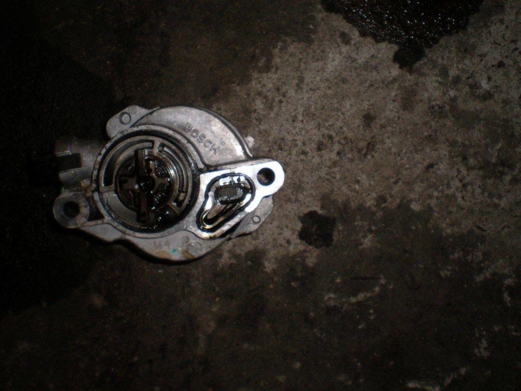 Фото - Вакуумный насос Citroen Berlingo 1.6 HDI 2008-2014