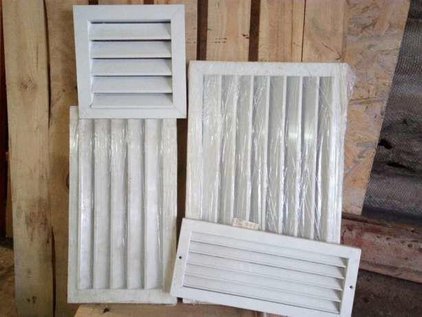Фото - Продам решетки вентиляционные EMC-U