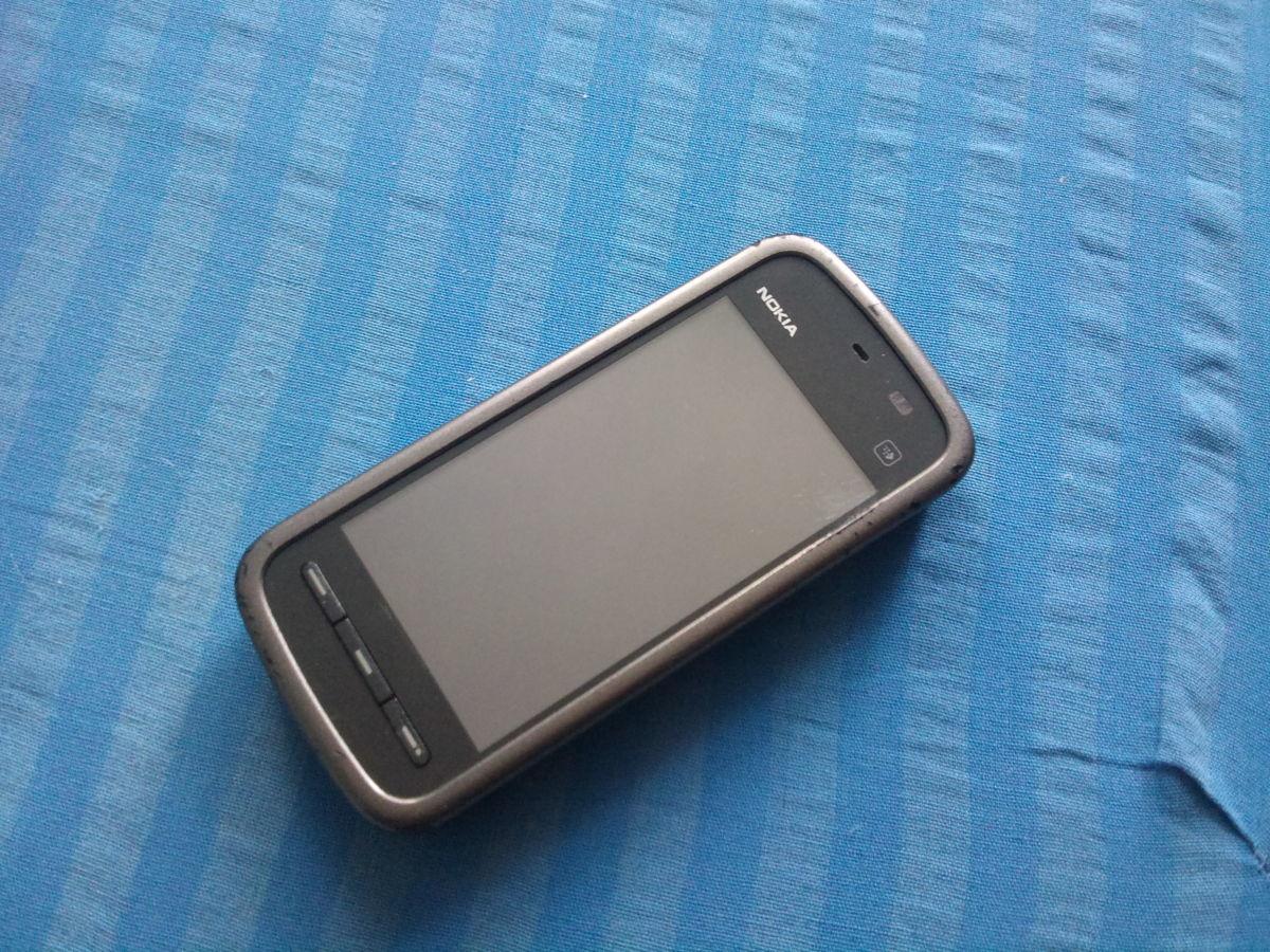 Фото 2 - Продам сенсорний Смартфон Nokia 5228.