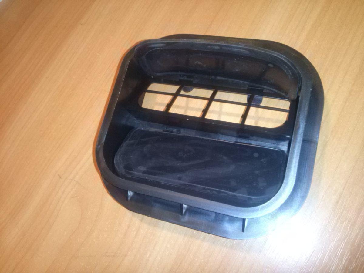 Фото 3 - Решетка вентиляции багажника Daewoo Lanos ЗАЗ Ланос ЗАЗ Сенс (АвтоЗАЗ)