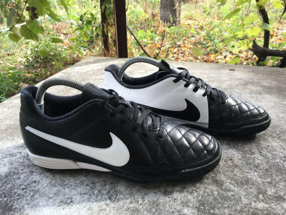 Фото 4 - Бампы, футзалки, сороконожки Nike Tiempo Размер 40, стелька 25