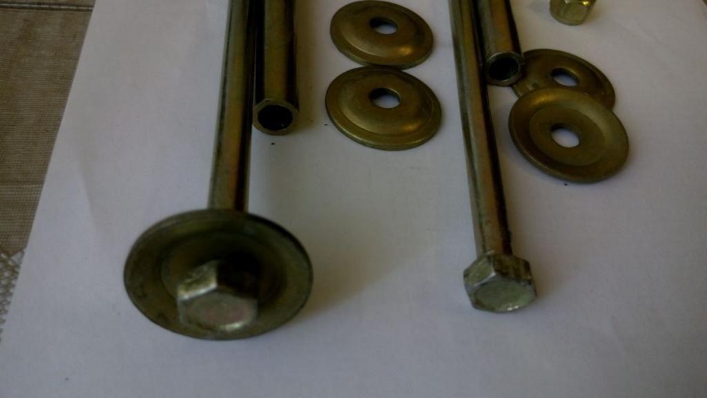 Фото 2 - Болты стоек стабилизатора с шайбами  Ланос Lanos