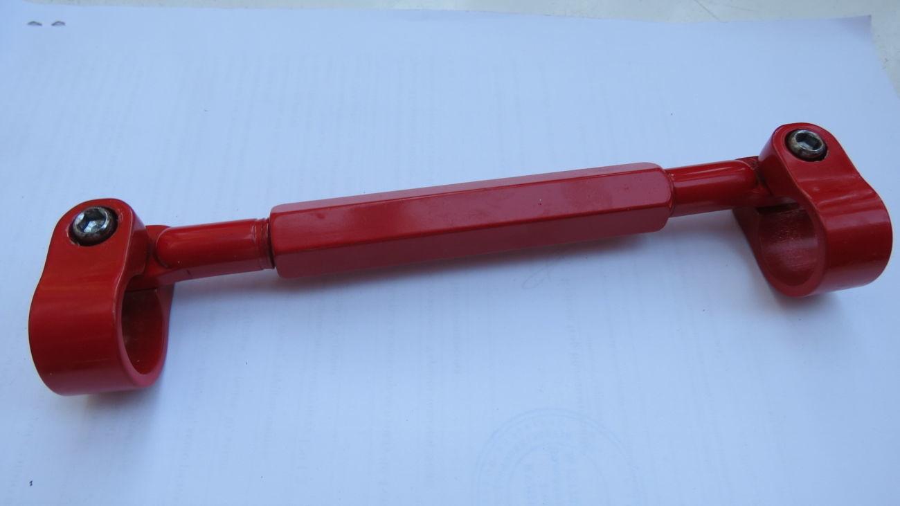 Фото 3 - Перемычка для усиления трубы руля