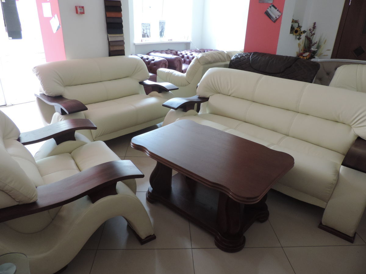 Фото 8 - стильный мягкий  комплект диван3+диван2+кресло,кожаная мебель