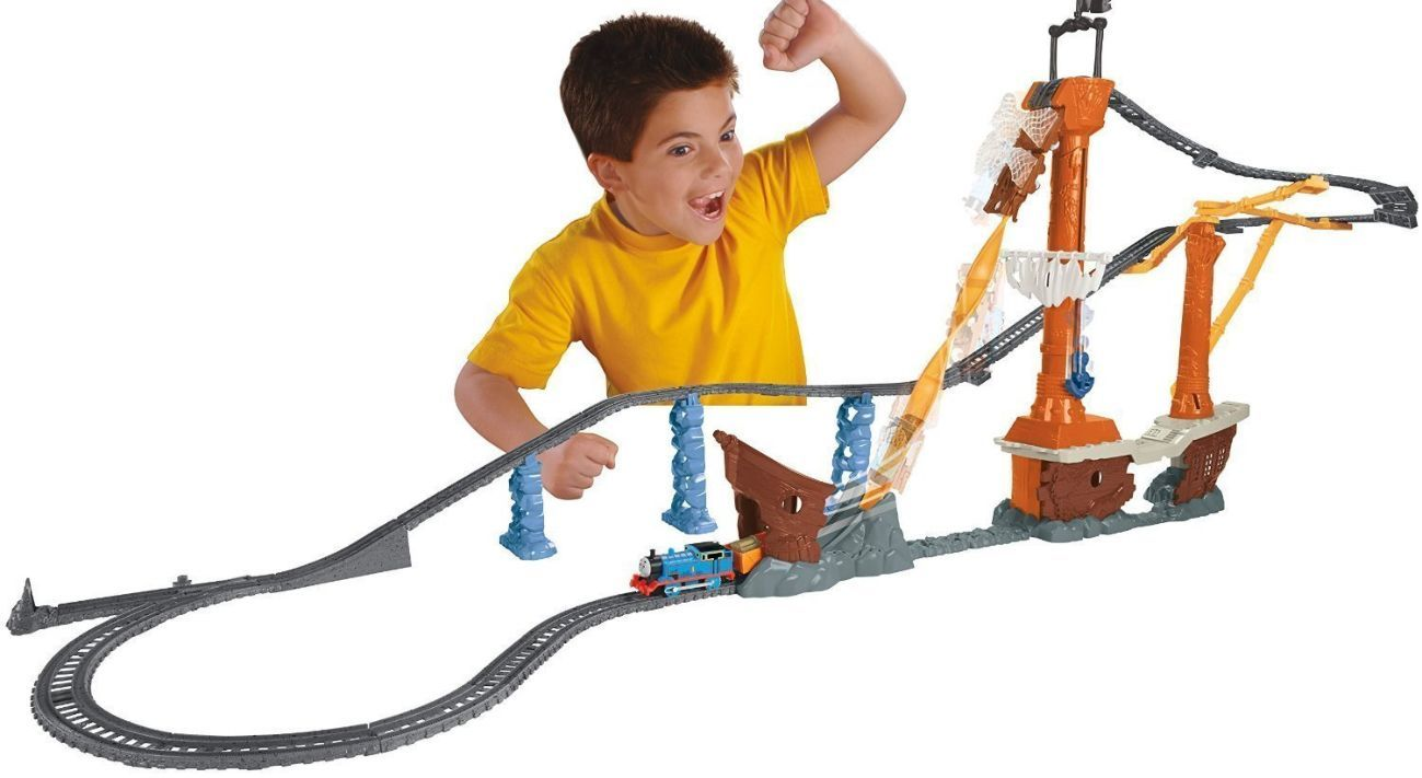 Фото - Fisher-Price Thomas the Train TrackMaster Shipwreck Rails Set