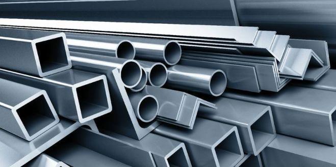 Фото 2 - Рабочие для очистки и упаковки элементов из металла