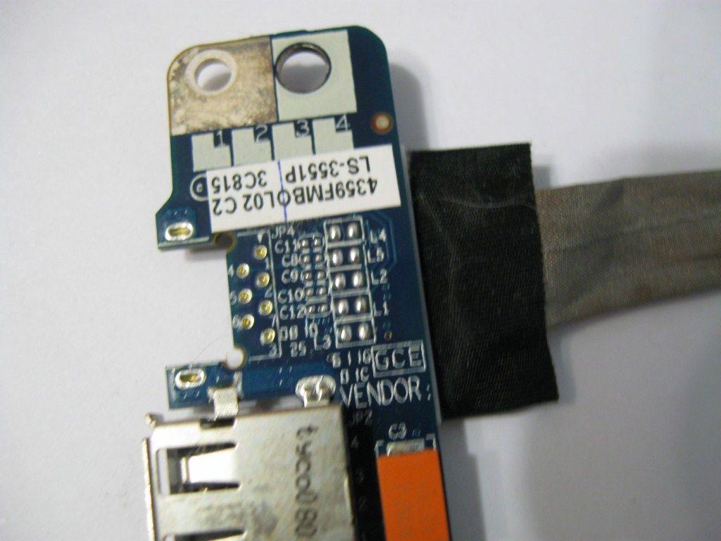 Фото 3 - Разъемы USB Acer 5720z