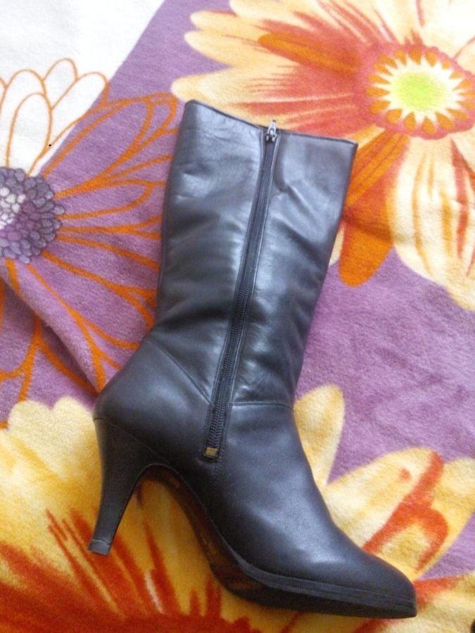 Фото 2 - Сапоги зимние женские кожаные