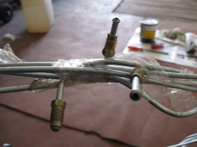 Фото 2 - Комплект тормозных трубок для автомобиля Славута