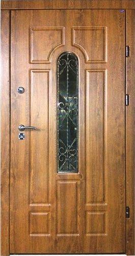 Фото 4 - Обшивка входных дверей влагостойкими дверными накладками