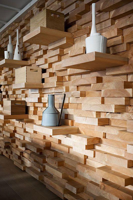 Фото 2 - Декоративная отделка стен 3-D мозаикой, деревянными плитами.