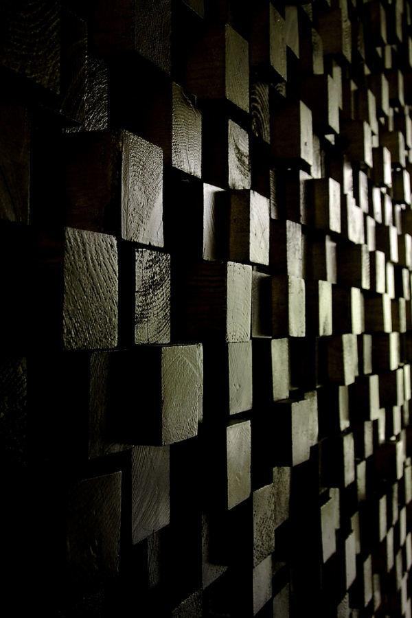 Фото 3 - Декоративная отделка стен 3-D мозаикой, деревянными плитами.