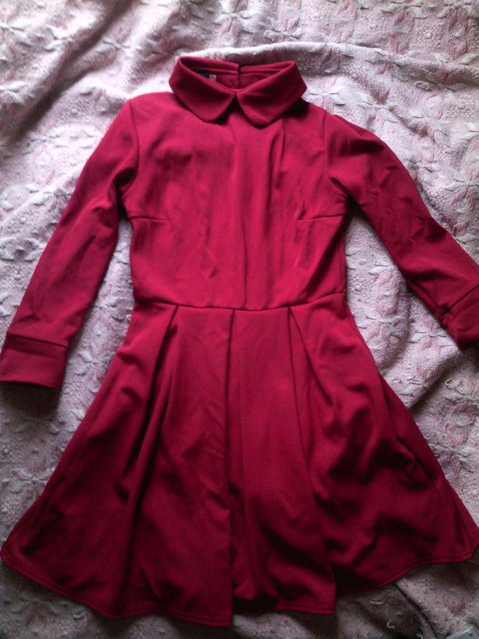 Фото 2 - Платье с воротничком