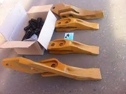 Фото - Продам зубья, коронки для ковшей Komatsu,CAT,Hyundai,Hitachi,Volvo,JCB