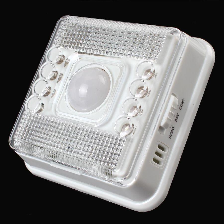Фото - Светильник с датчиком движения