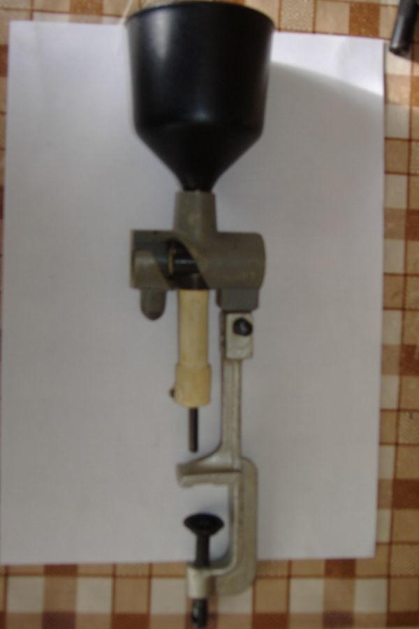 Фото - Дозатор для заряжания патронов для гладкоствольных ружей