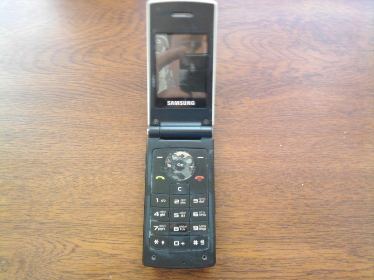 Фото 2 - Продаю телефон Samsung E210