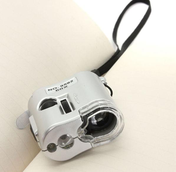 Фото 3 - Карманный 60-кратный микроскоп с подсветкой