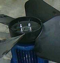 Фото 2 - Электромотор с крыльчаткой(вентилятор)